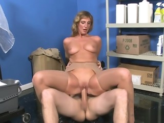 straight HQ mature video facial
