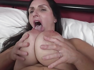 amateur HQ mature video tits