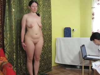 amateur HQ big tits video brunette